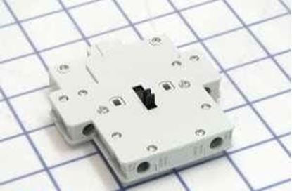 Picture of Aux.Contact Block 1NO/1NC For General Electric Products Part# BRLL11