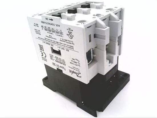 Picture of CI32 110/120V CONTACTOR 63A 3P For Danfoss Part# 037H006123